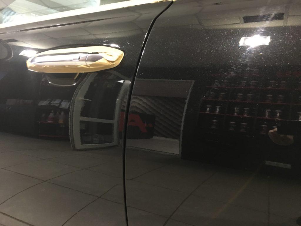 Мягкая полировка кузова автомобиля